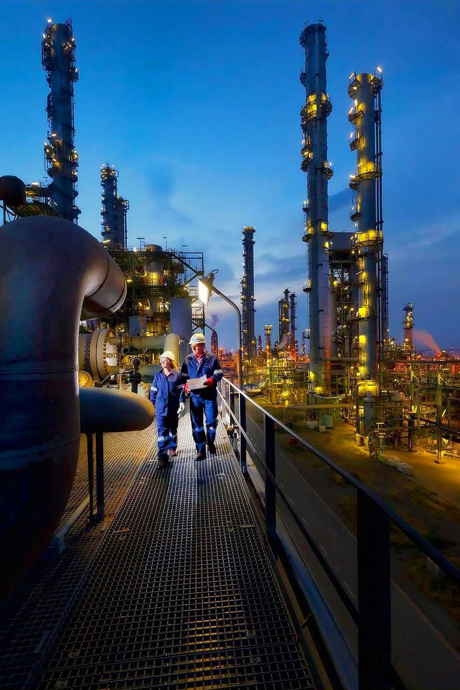 Plant inspection at a chemical plant - by industry photography service Planet KB