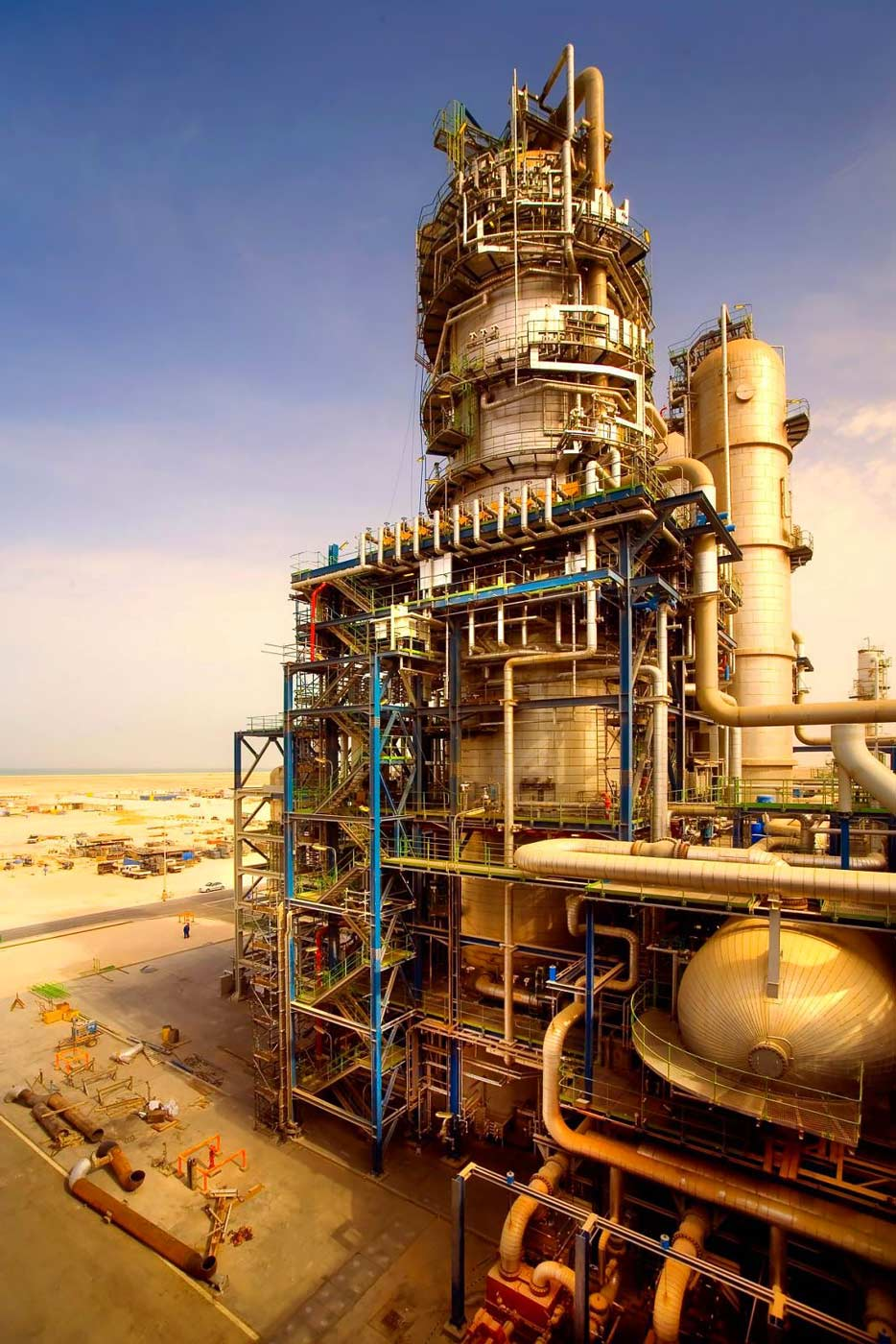 Gas to liquids plant construction - Industrial and Construction Photography by Planet KB